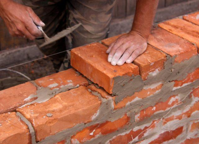 Состав цементного раствора для кладки стен из кирпича